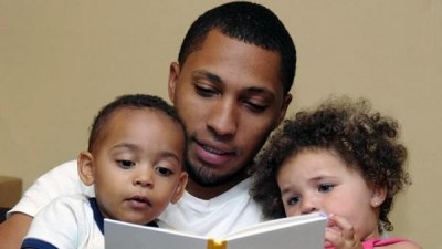 father-reading-with-children-v3